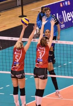 A. AVO Beveren en Hongrie 4