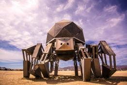 walking-pod-giant-spider-robot-burning-man-2015