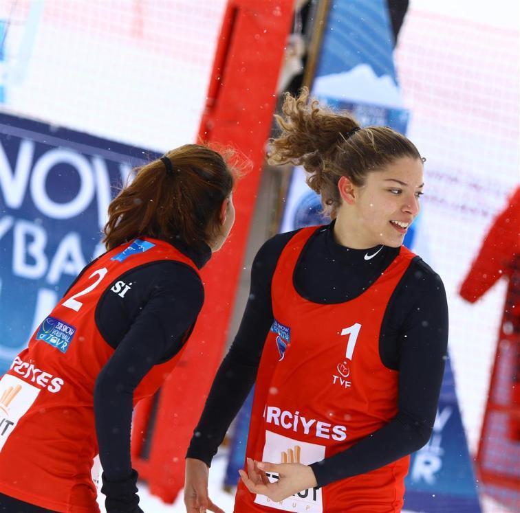 snow volley 9