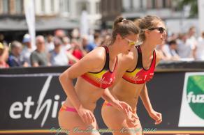 Lia et Sarah Gerry Van Steerteghem