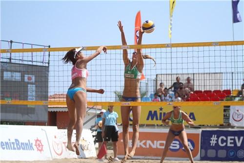 sarah et Lisa Antalya 2ème place 6
