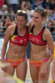 victoire à Courtrai Lisa et Sarah Gerry Van Steerteghem