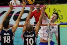 Kortrijk : CEV U 20 Eurpean Championship : attack Sapozhkov , block Mosca and Acquarone foto VDB / BART VANDENBROUCKE