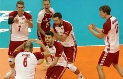 Kurek with his team