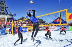 Snow volley 1